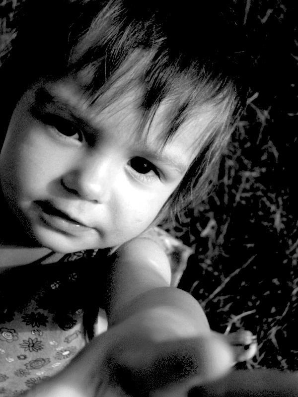 Оприличете предния с картинка Child_by_etrix