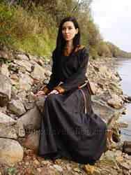 Medieval woolen dress with silk by SlavMedievalShop