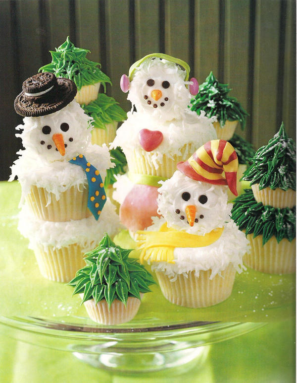 Frosting The Snowmen by christmas-cupcakes