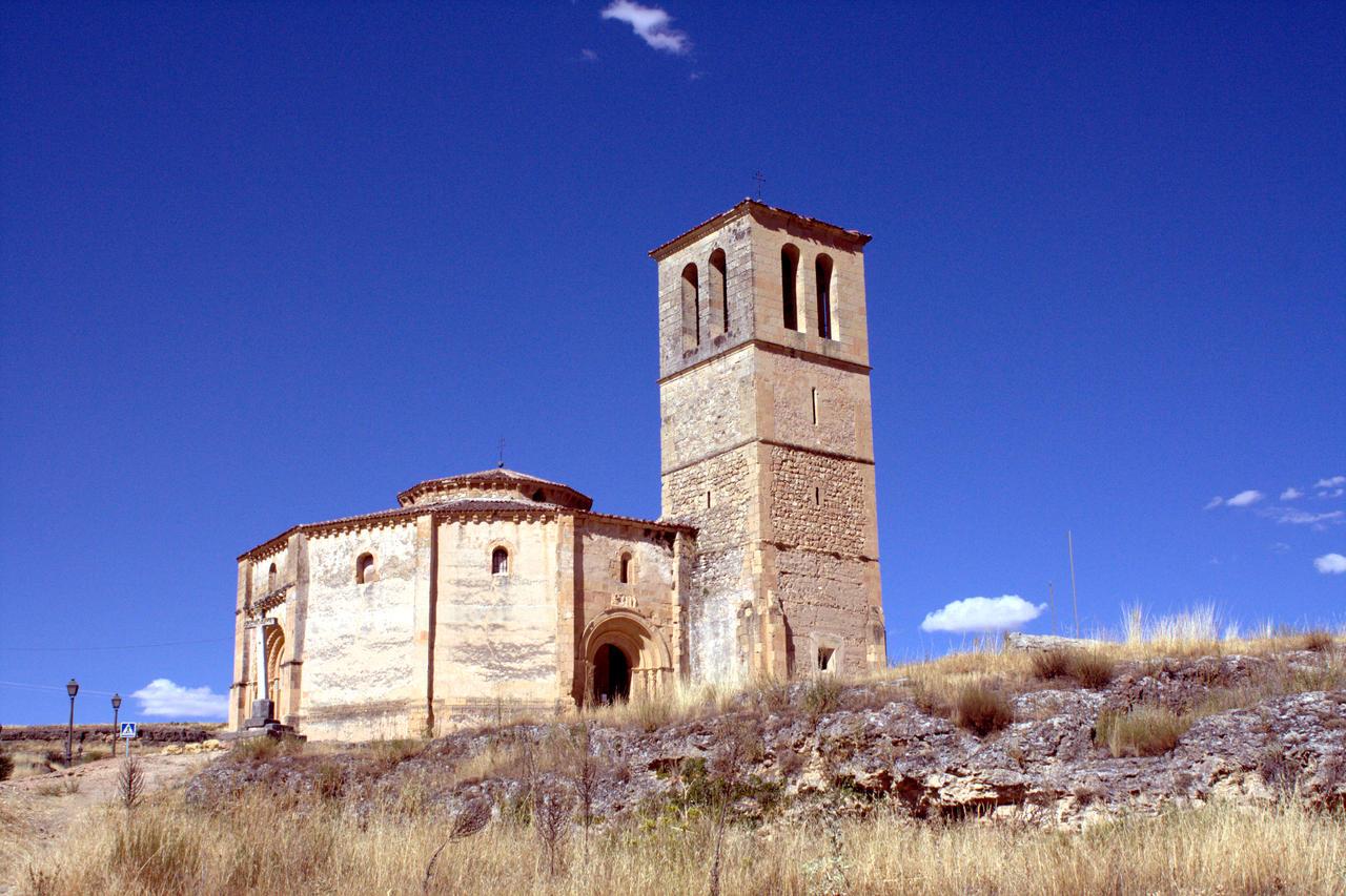 Iglesia de la Vera Cruz by LutherHarkon