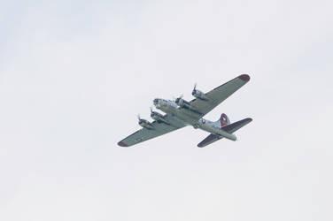 B-17 by lindowyn-stock