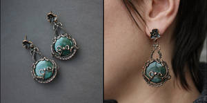 Earrings 'swamp lily' by WhiteSquaw