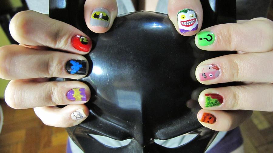 Batman nails by tharesek