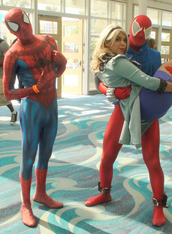 Scarlet Spider stole Gwen Stacy from Spider-Man by trivto