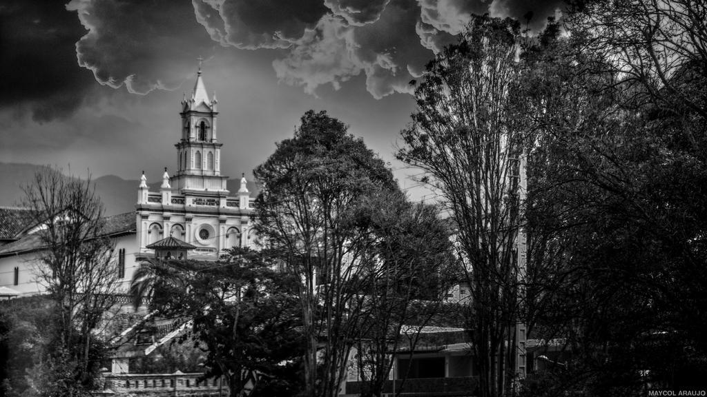 Cuenca Ecuador by Novaker