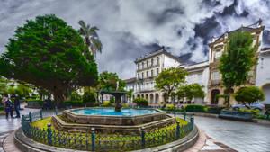 Parque Abdon Calderon de Cuenca Ecuador