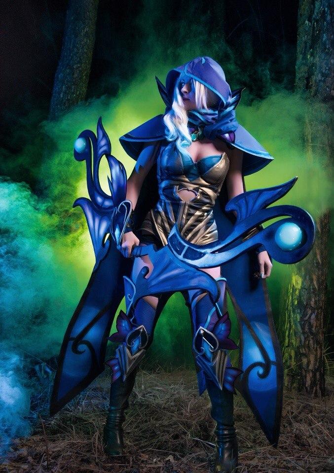 dota 2 drow ranger cosplay way ahead of you by amio mio on