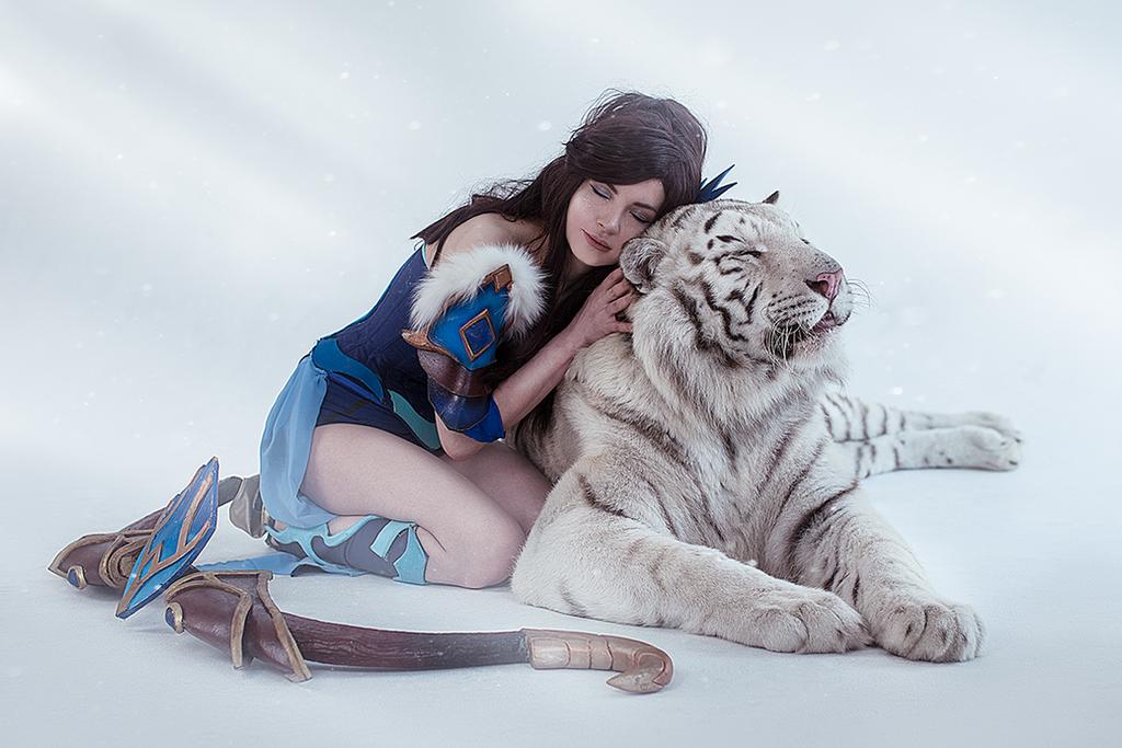 Mirana cosplay dota 2 by amio-mio
