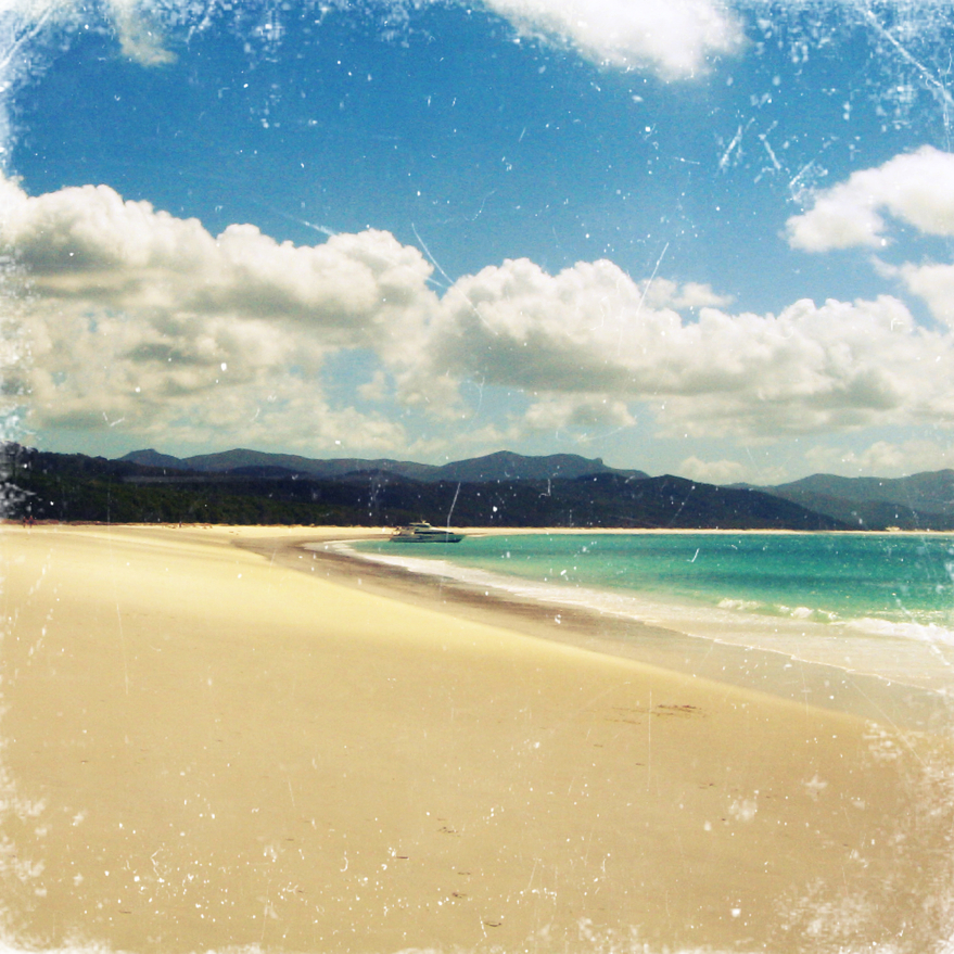 Whitehaven Beach, Whitsundays by globetrotter85