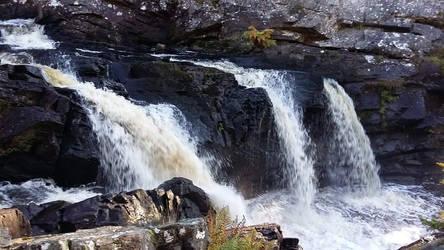 Rogie Falls - Contin