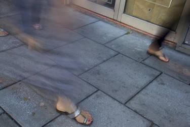 Crossing feet