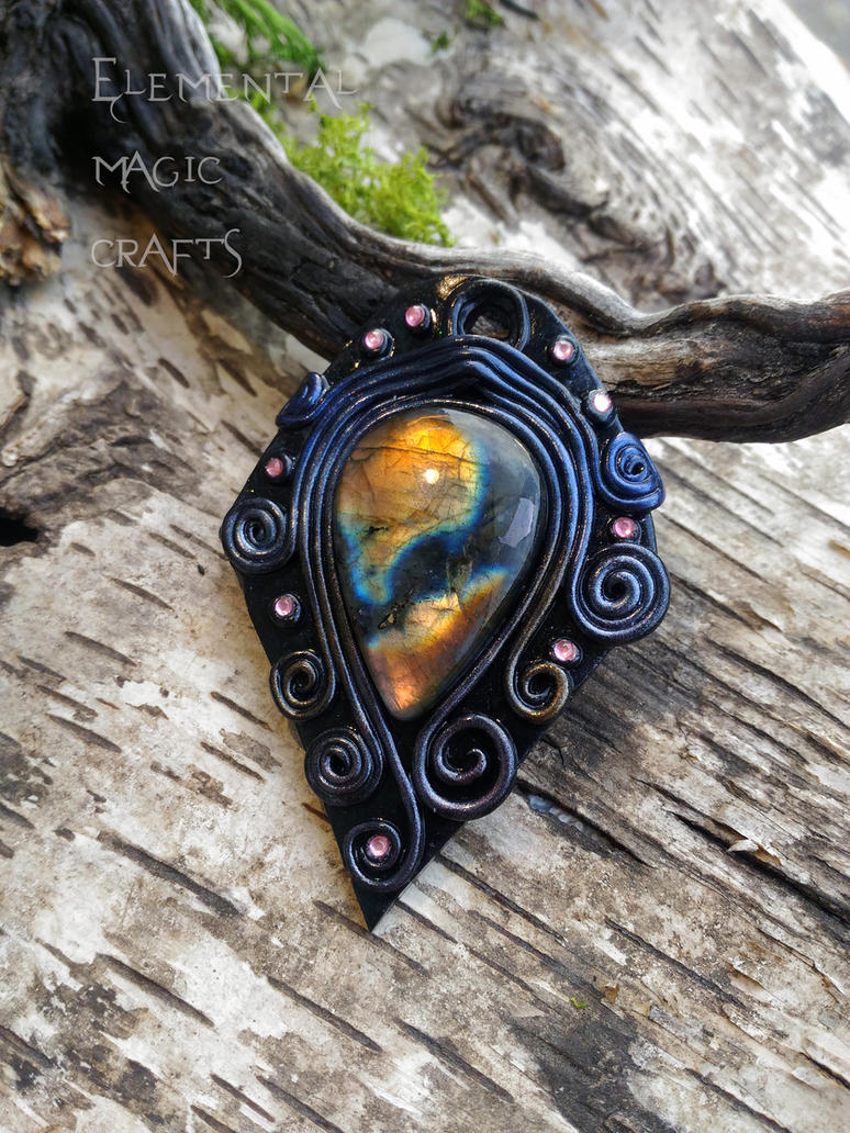 Freyja Pendant by Anaid89
