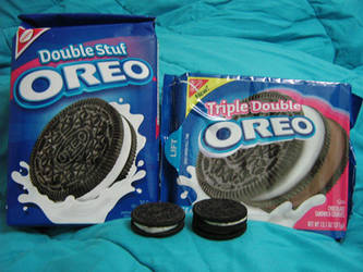 I can Haz Triple Double Oreos by Gwendolinh