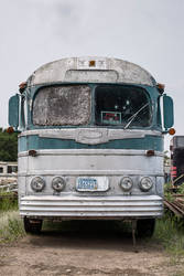 Old Bus by markv12