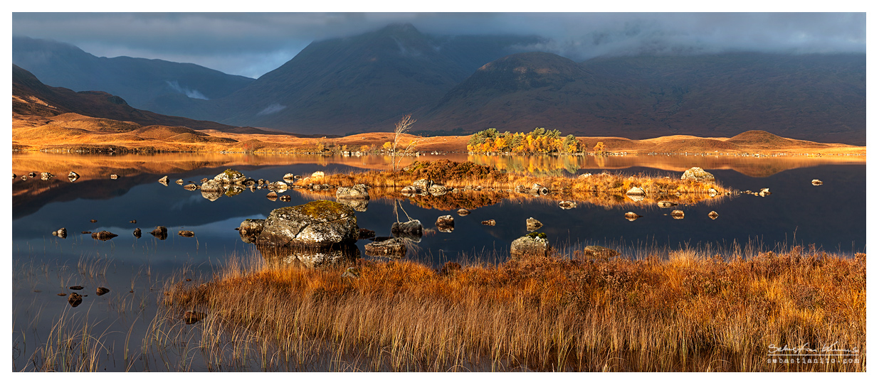 Lochan na h-Achlaise - Panorama by SebastianKraus