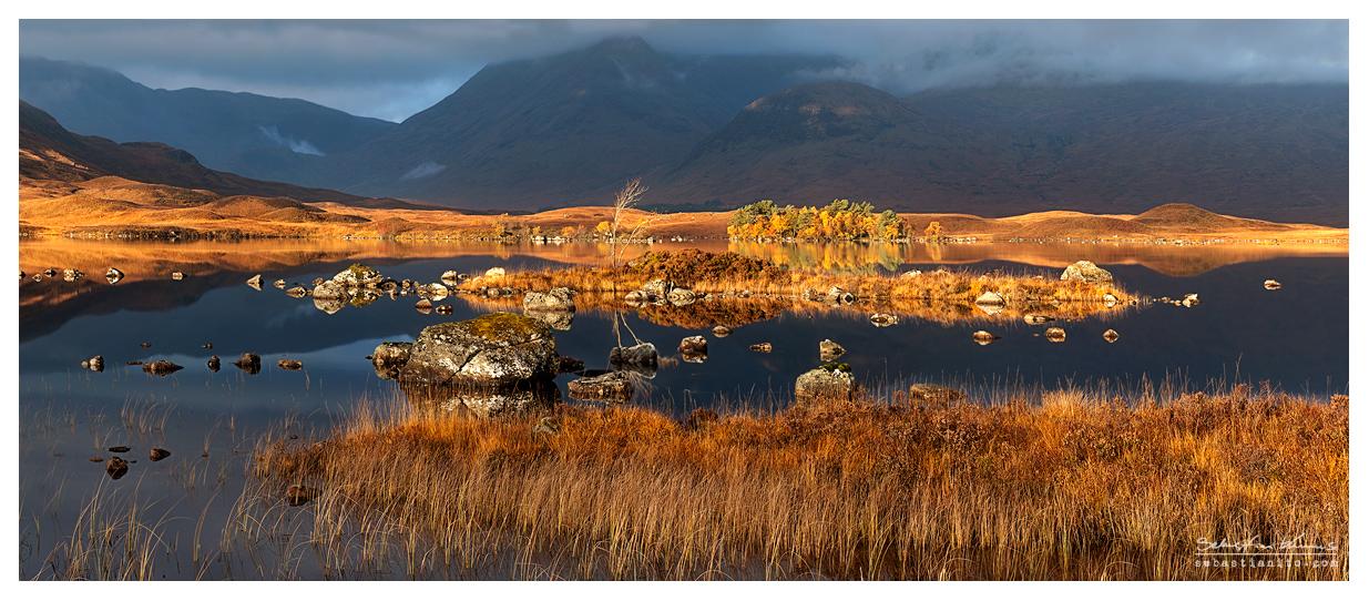 Lochan na h-Achlaise - Panorama by SebastianKraus