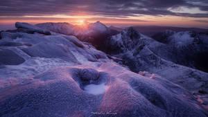 Sunrise at  Caisteal Abhail