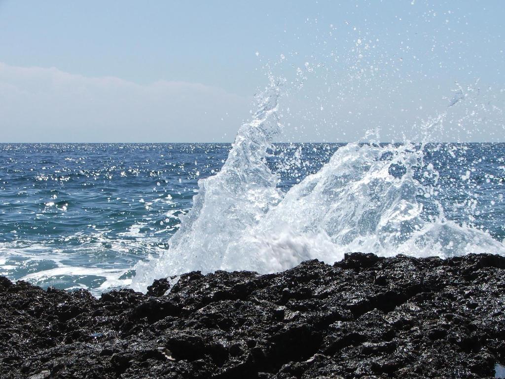 Splash by Hun-Ter
