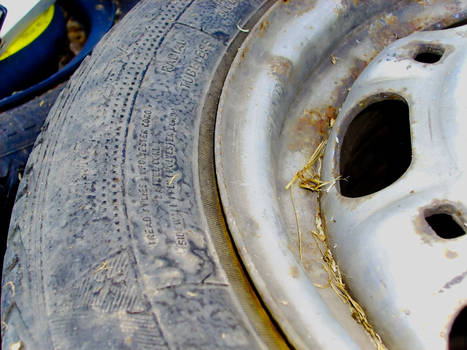 Old tire details