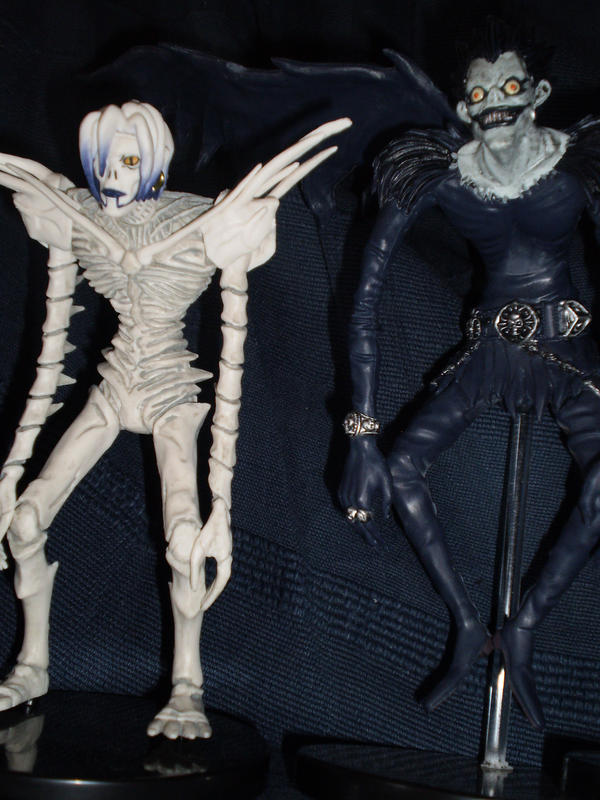 death note ryuk and rem - photo #13