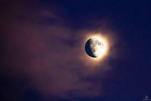 Moon Rising by VitoDesArts
