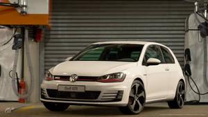 Volkswagen Golf VII GTI