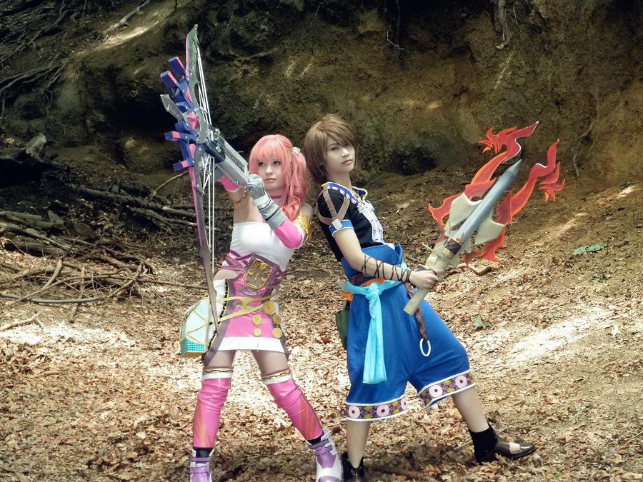 Serah and Noel Final Fantasy 13-2 Cosplay by MiyuDoLLy