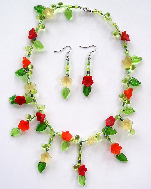 Flower Vine Necklace Set by johannachambers