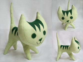 Green Pointy Kitty
