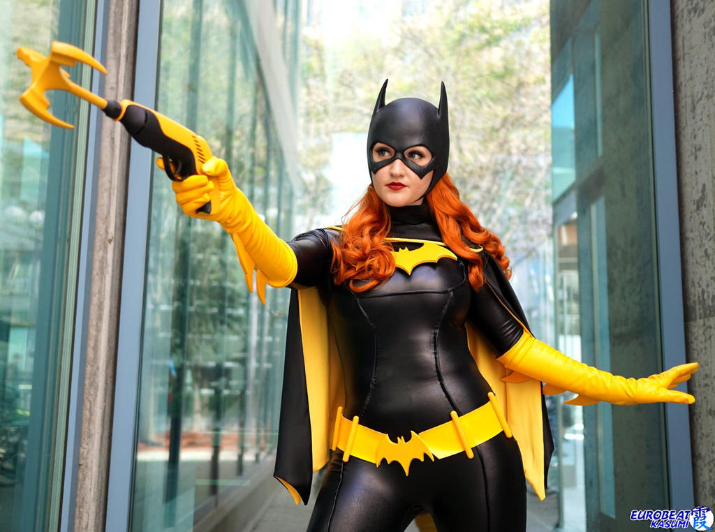 Batgirl with Grappling Gun by Pokypandas