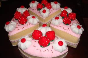 O' Strawberry Felt Cake by Bubble-warp