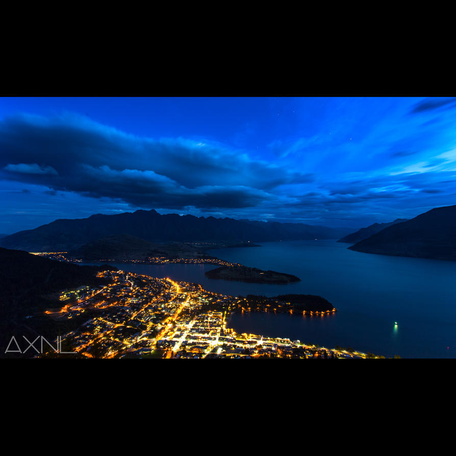 Queenstown Night by AXNLphotography