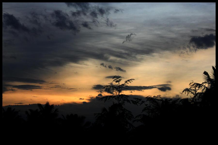 Sun Set by nanatrex