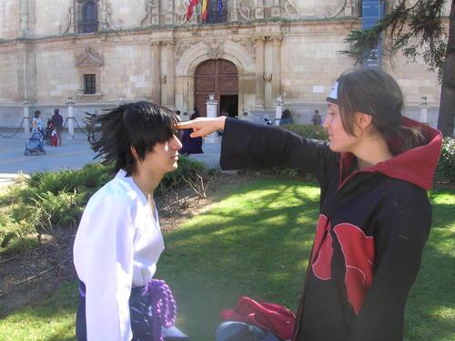 Sasuke+and+itachi+cosplay