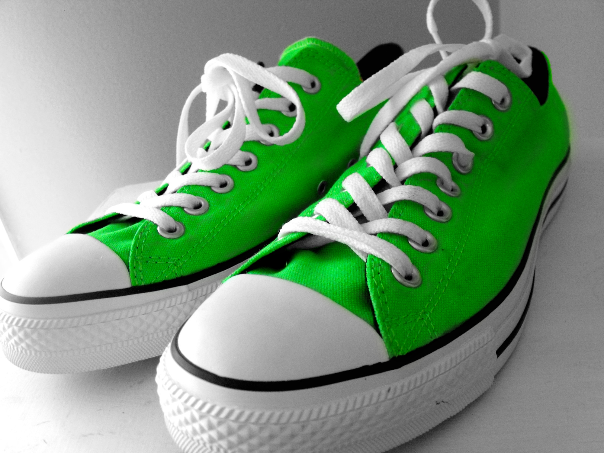 84cd595bc27cc2 lime green converse Sale