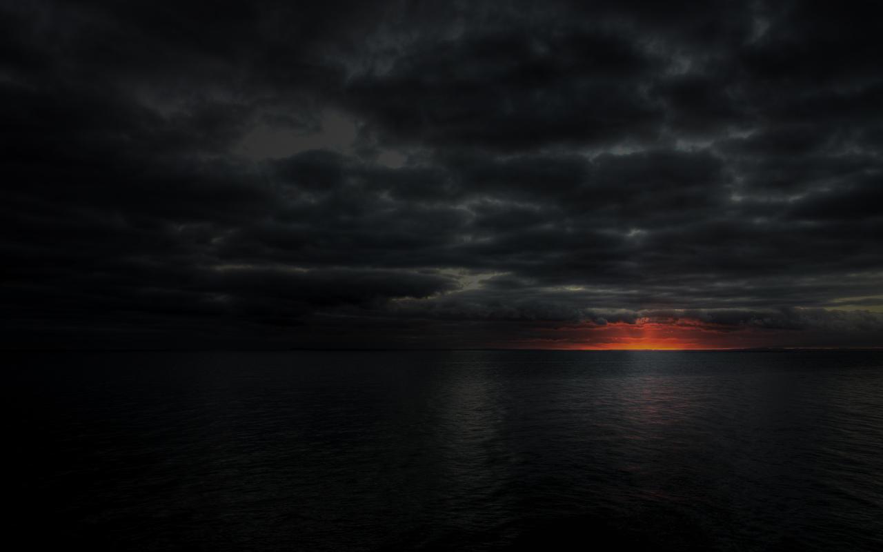 Dark Sunset By Vista H8r On Deviantart