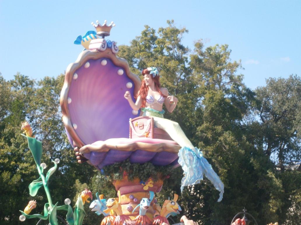 Ariel by enterprisedavid