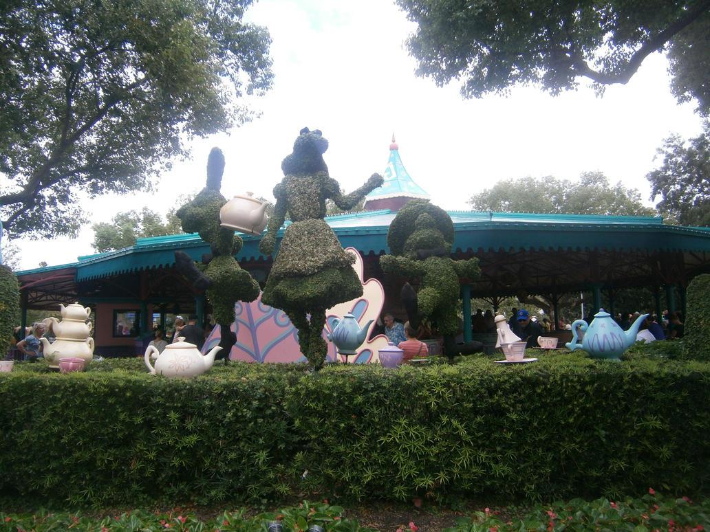 Alice in Wonderland Grass Statue by enterprisedavid