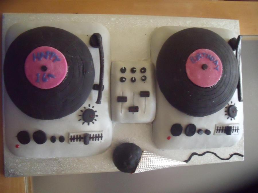 DJ birthday cake by loulaxx on DeviantArt