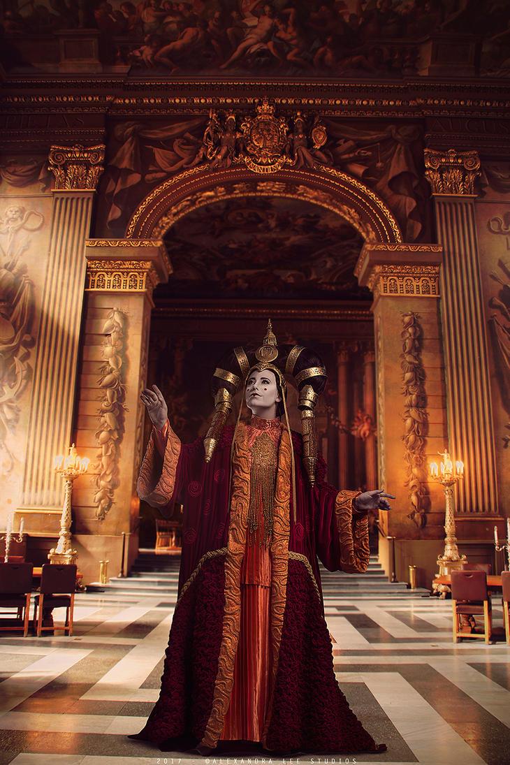 Queen Amidala cosplay by Jedimanda