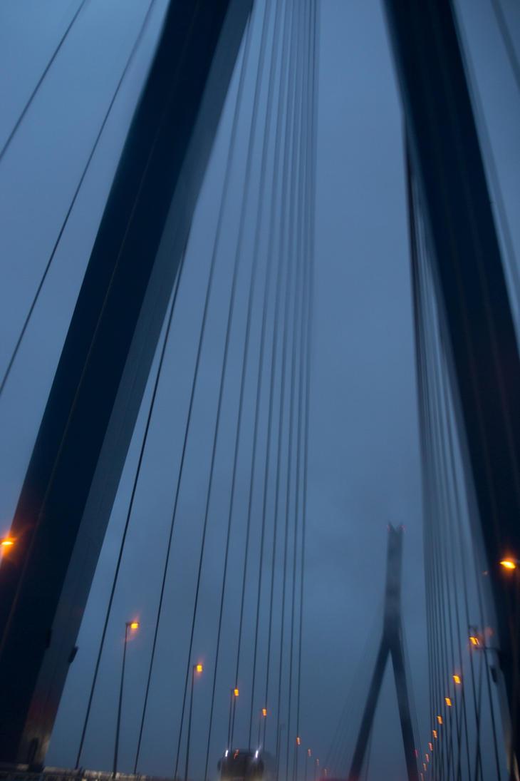 Koehlbrand bridge by macray411