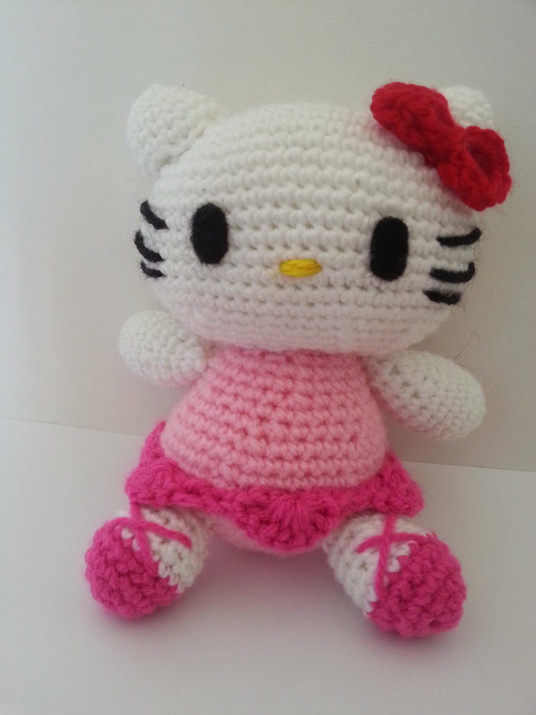 Hello Kitty Amigurumi by CMCarterArt on DeviantArt