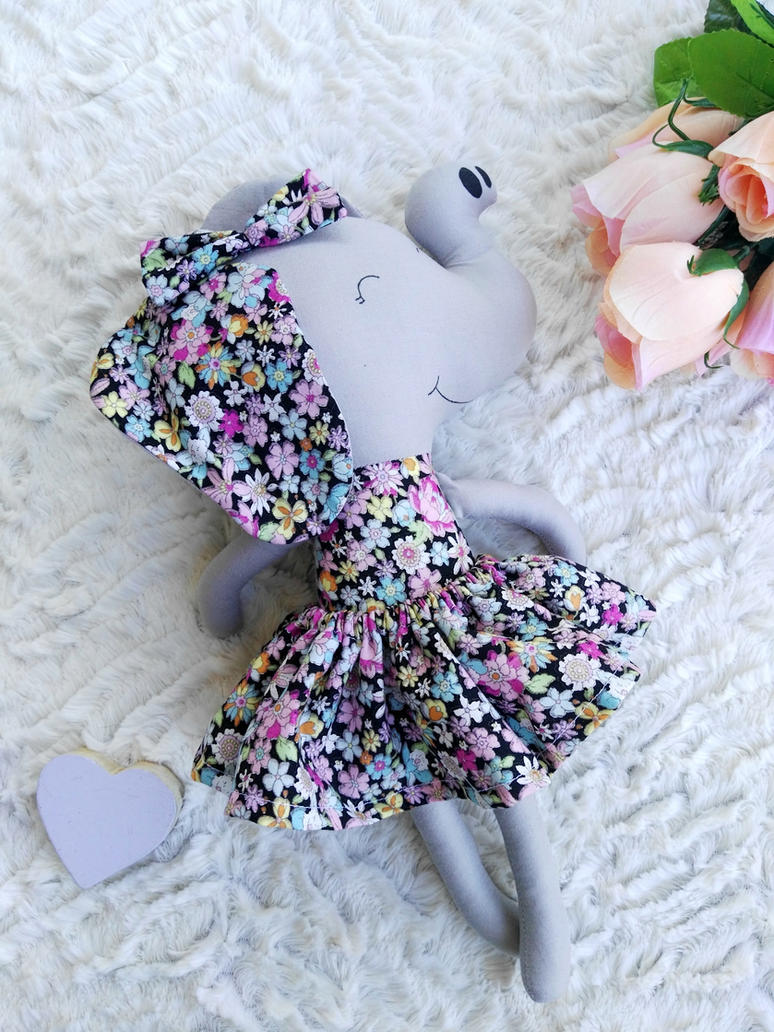 Elephant 1 by LittleShopOfCutes