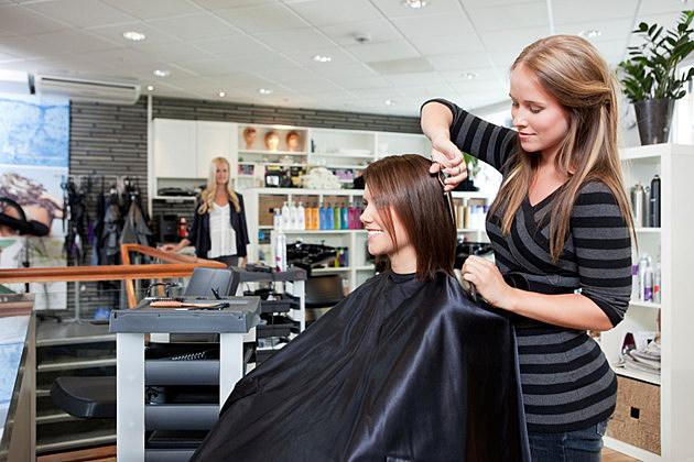 Hairstylist by kronostar