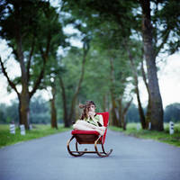 Ksenia drinking tea by psychiatrique