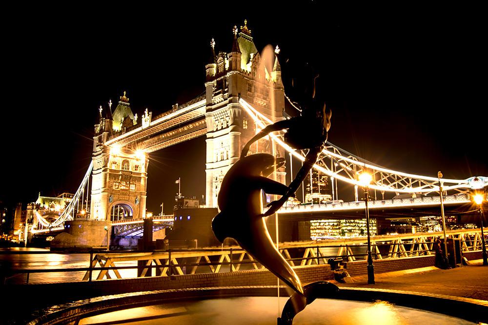 London Bridge by fineartbyandrewdavid