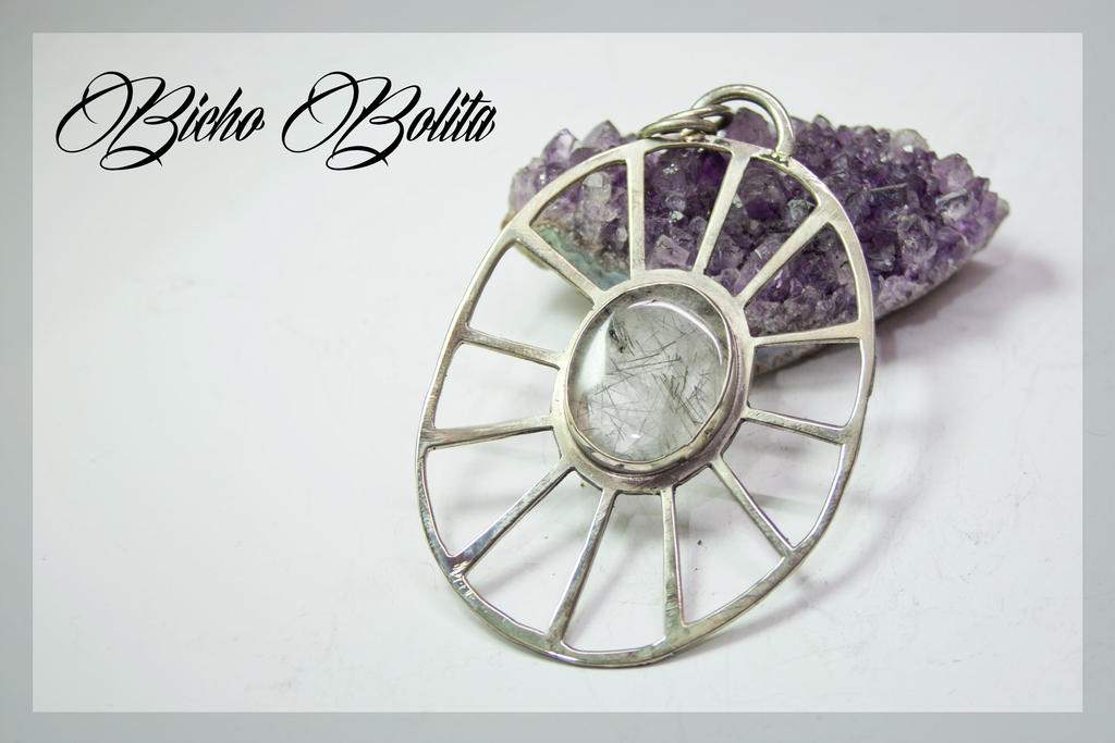 Sun Light pendant by BichoBolita