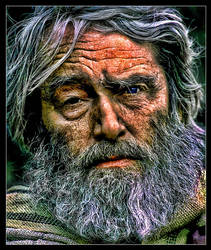 Old man HDR by cassyus