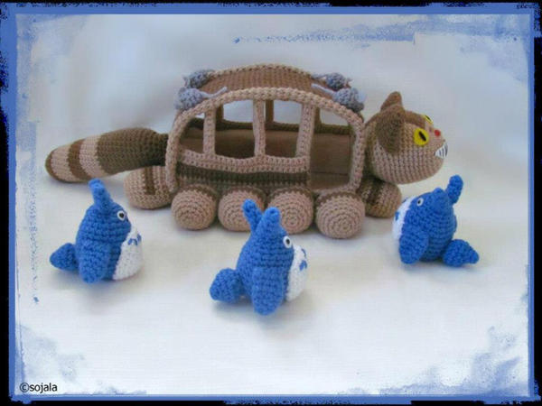 No Room On The Bus Totoro and Cat Bus film by sojala on ...