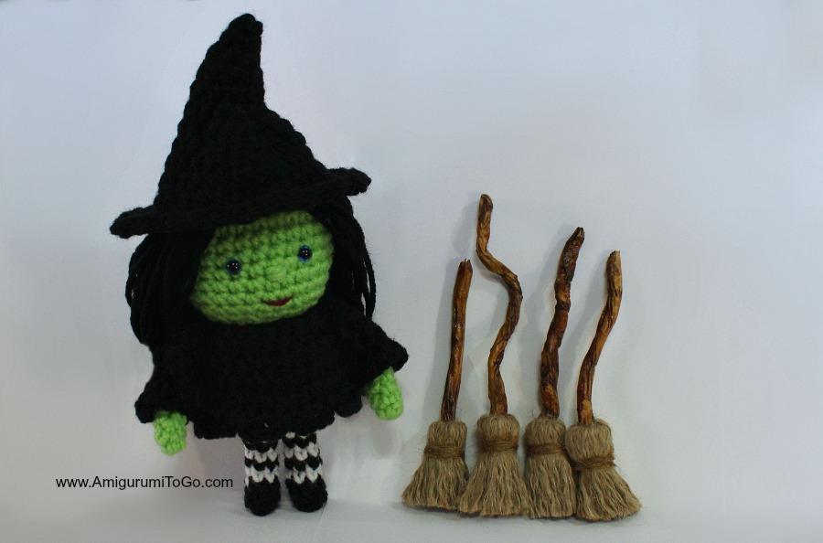 Free Amigurumi Witch Pattern : The Witch of Oz by sojala on DeviantArt